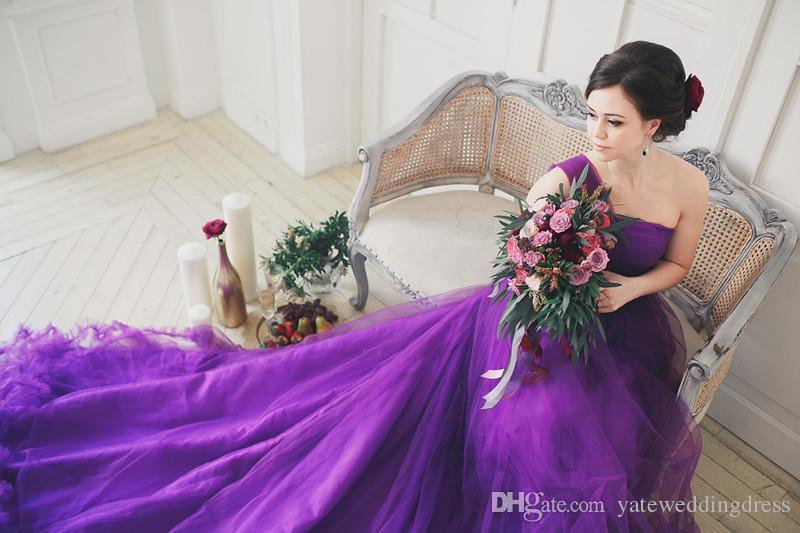 Фиолетовый Тюль Свадебные Платья Sweep Поезд Без Бретелек Кристалл Пояс Настроить Свадебное Платье Рождество Свадебное Платье Красочные Плюс Размер