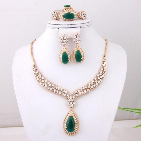 Brand-new 2018 24k Gold Jewelry Set Imitation Jewelry Emerald Necklace Set  EK34
