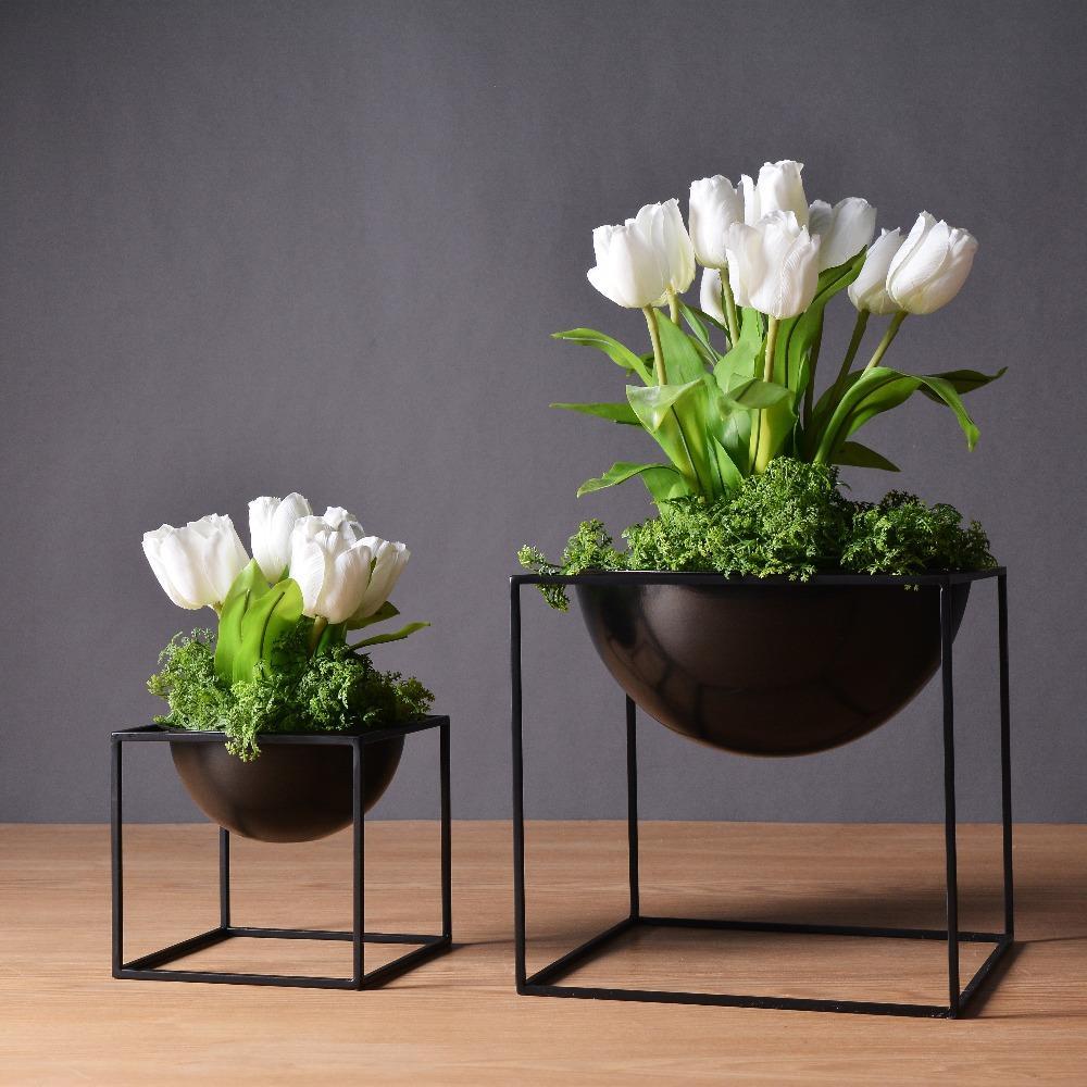 2019 Blackwhite Modern Tabletop Waterproof Cube Metal Flower Plant