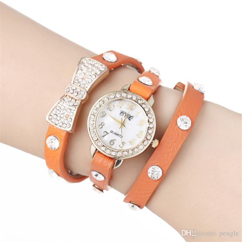 패션 바 너트 랩 여성 시계 레이디 가죽 손목 시계 다이아몬드 바 너트 PU 밴드 라운드 다이얼 석영 운동 매력적인 팔찌 시계