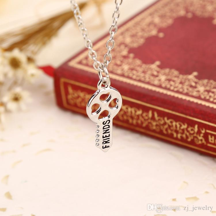 2018 Fashion New Style Peach Heart Key Pendents Carved Best Friends Combination Necklace Set Brothers Girlfriends Gifts Drop ShippZJ-0903258