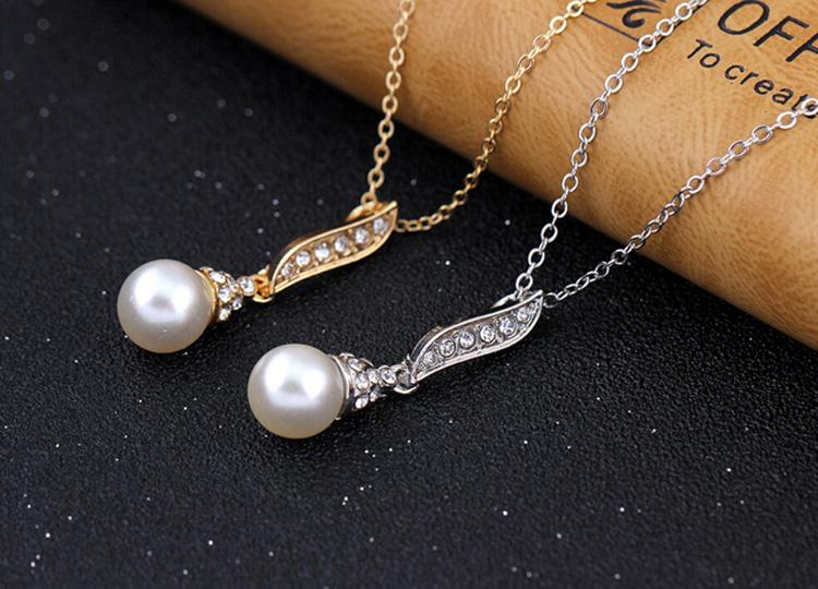 18k Gold Plated Pearl Necklace Pendant Leaves Shape Necklace Jewelry Austria Crystal Necklace For Women Jewelry 1198