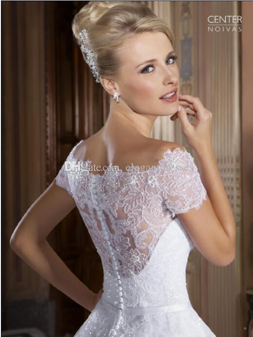 Vestidos de Noiva 2016 Sexy Wedding Dresses Off Shoulder Short Sleeves Beaded Appliques Sheer Lace Chapel Train Vintage Bridal Gowns