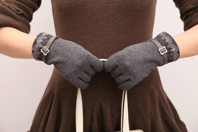 Gloves Women Winter Warm Touch Screen Lace Cotton Cute Button Decor Solid Adult Inverted cashmere Gloves