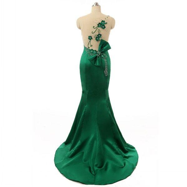 Abiti da sera verde smeraldo mozzafiato Abito da sera a sirena senza maniche con collo a sirena Abito da sera a fiori formale con fiocco e perline