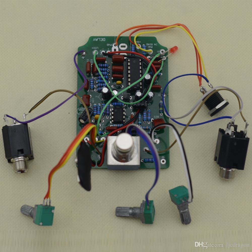 Costruisci il tuo kit fai-da-te Delay-1 chitarra effetti Pedali elettrici bianchi chiari