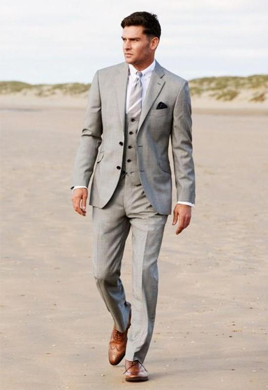 Carefully customized two grain of the latest fashion and gun collar button high-grade men preferred a three-piece suit
