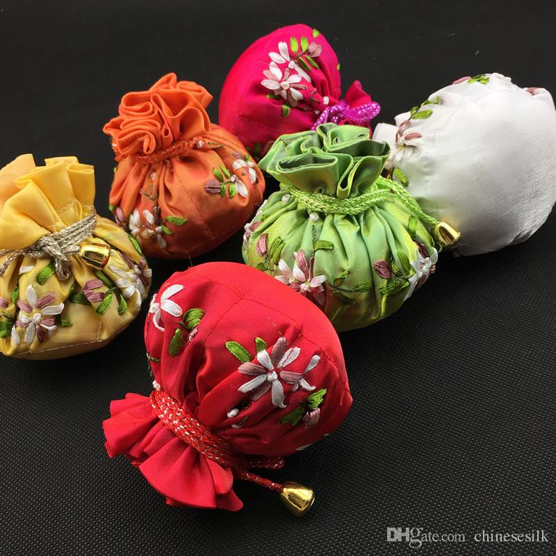 Cotton filled Round Bottom Hand Ribbon Embroidery Ball Chains Jewelry Makeup Storage 8 Pouches Bag Drawstring Satin Packaging Bags
