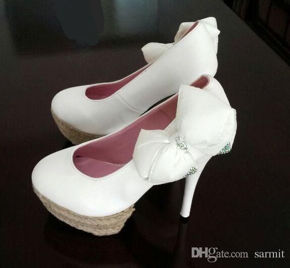 2016 Bombas Populares Preto ou Branco Moda Senhora Elegante Verão Altro Bombas de Salto Alto com Arco Mulheres Sapatos de Plataforma Sapatos Frete Grátis