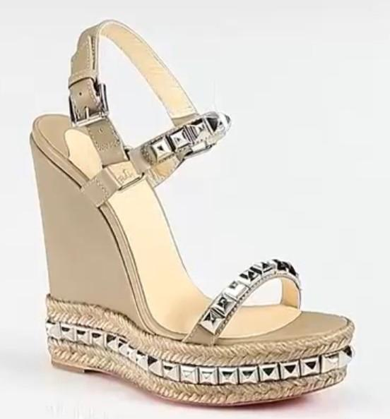Custom Made Wedge Heels Buckle Strap Back Rivets Cheap Modest Fashion Womens Sandals Bridal Accessories New Arrive Hot 2016 Summer Sandals