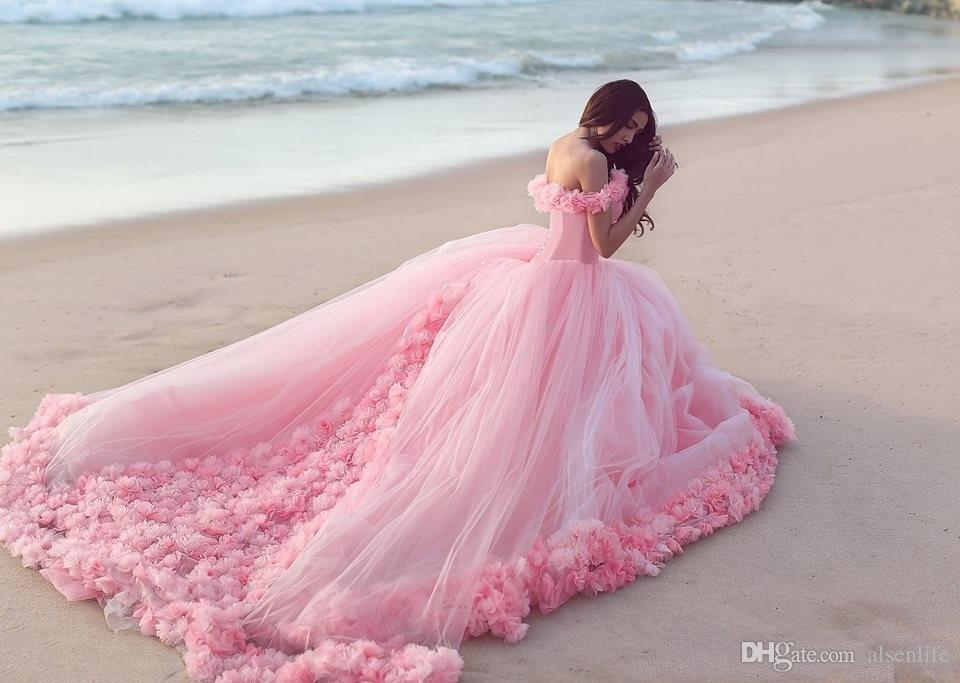 2019 Quinceanera Dresses Baby Pink Ball Gowns Off the Shoulder Corset Hot Selling Sweet 16 Prom Dresses with Hand Made Flowers