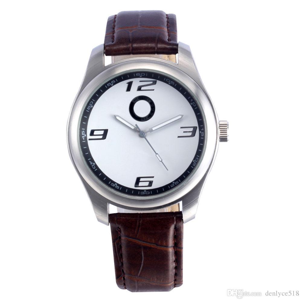 Bonne qualité Populaire Car Ben Logo hommes bracelet en cuir montre à quartz 505
