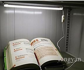 Tubo USB portátil LED 5V Lámpara de escritorio de dormitorio de estudiantes súper brillantes de 30 CM Luz LED con botón de encendido / apagado Blanco cálido y frío