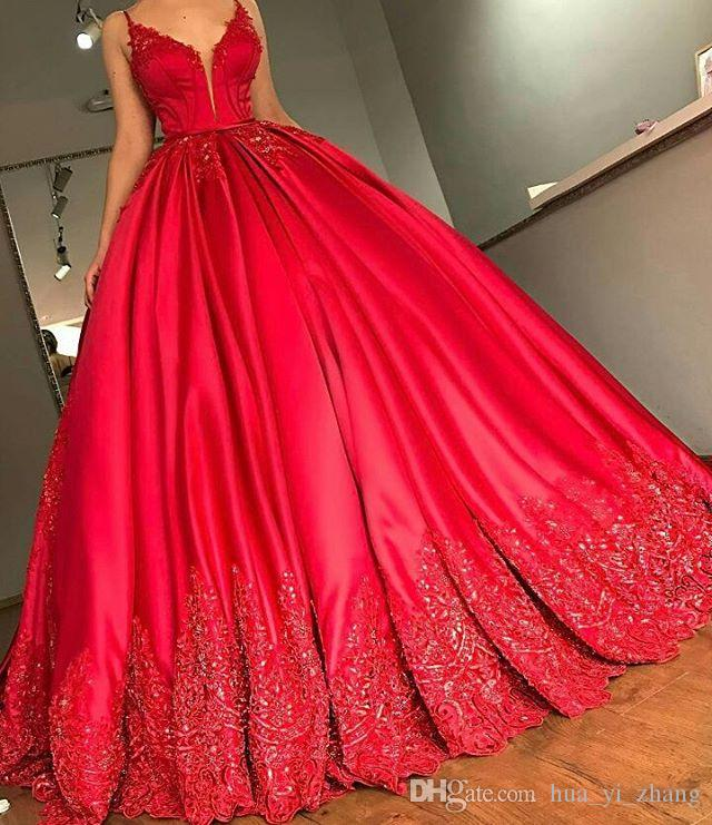 2018 Red Ball Gown Evening Dresses with Spaghetti V Neck Court Train Lace Appliques Beadeds Sequins Sexy Plus Size Party Prom Gowns