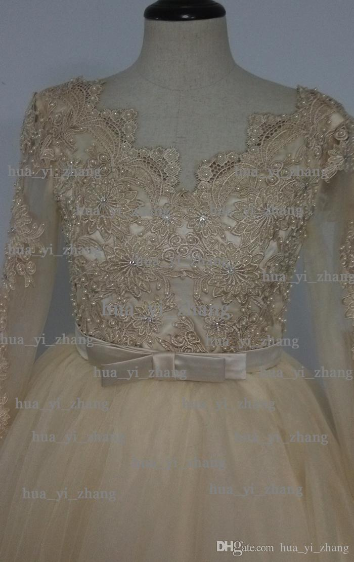 Real Image 2015 Prom Klänningar V-Neck Lace Appliques / Beading / Sequins Sheer Long Sleeve Ball Gown Tulle Champagne Aftonklänning Dhyz 01