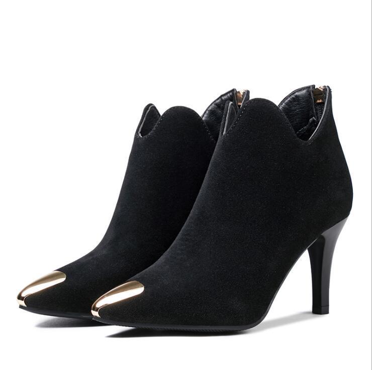 6d4159409e61 Compre 2017 Mulheres Inverno Ankle Boots De Camurça Leathe Ponto Toe Zipper  Sexy Salto Fino Preto Curto Boot Matte Botas Sapatos Femininos De Tework