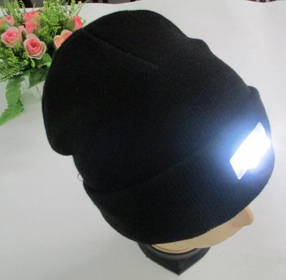 Warm 5 Leds Cap Hat Light 5 Led Wool Knitted Hat Fishing Camping Hunting  Head Light HeadLamp Cap With 2  CR2032 Cell Batteries Outdoor Lamp Dental  Headlamp ... 1bb58be31be