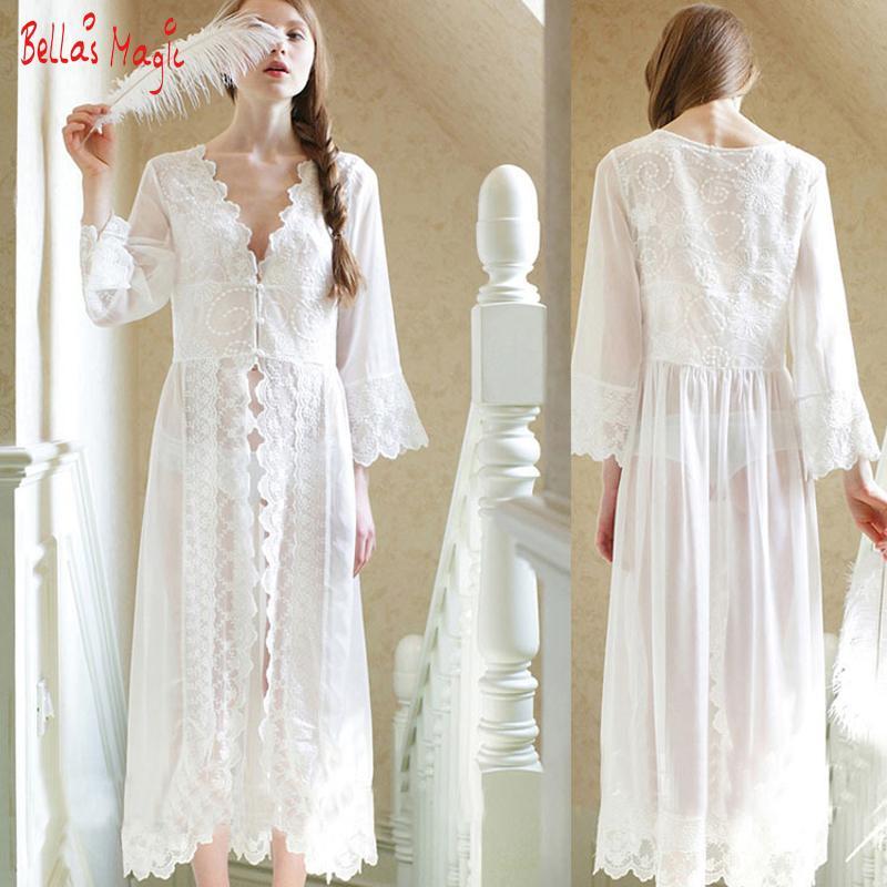 save off 6b3ea 1b59f Großhandels- Reizvolle weiße lange Nachthemd-französische  Spitze-Weinlese-Prinzessin Dress Medieval Nightgown Frech Robe Schöne  Vestidos Nightwear