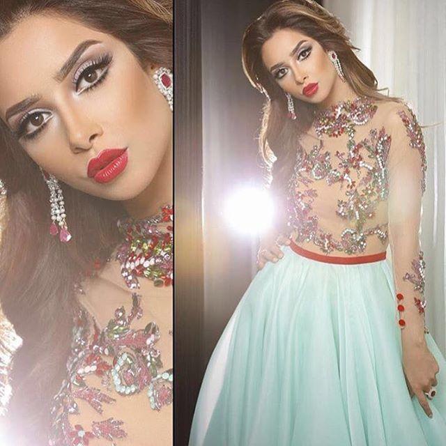 Myriam Fares Celebrity Dresses 2016 Eine Linie schiere Rundhalsausschnitt Perlen mit Sweep Train Mint Organza Rock und drei Viertel langen Ärmeln Rea