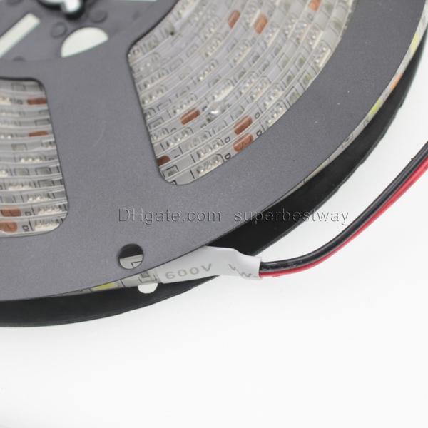 Tiras a prueba de agua tiras de luz led IP65 5M chip llevado SMD 5050 RGB luces tiras LED 60 leds / M ajuste rgb controlador remoto tiras de luz DT014