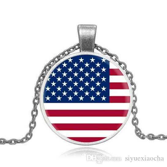 Vintage Style! Unisex, Flag of the United States; Necklace with circle pedant, gold and silver colors, and high quality.