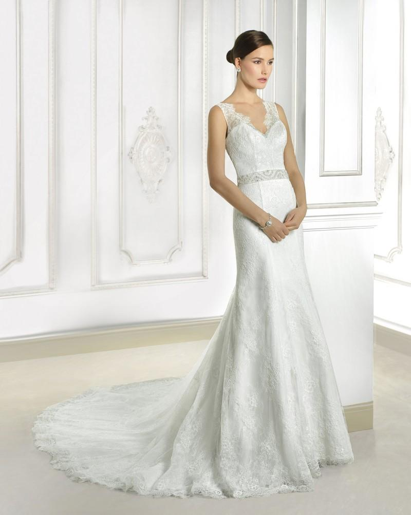 2015 Exquisite Lace Mermaid Wedding Dresses Vintage V Neck Backless
