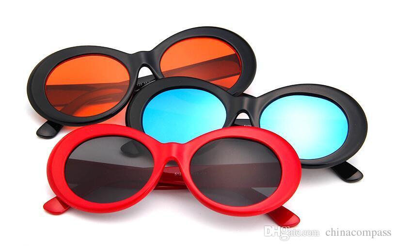 Compre Óculos De Proteção NIRVANA Kurt Cobain Óculos Clássico Retro Vintage  Branco Preto Oval Óculos De Sol Alienígenas Shades Óculos De Sol Do Punk  Rock ... 35f10d0d05
