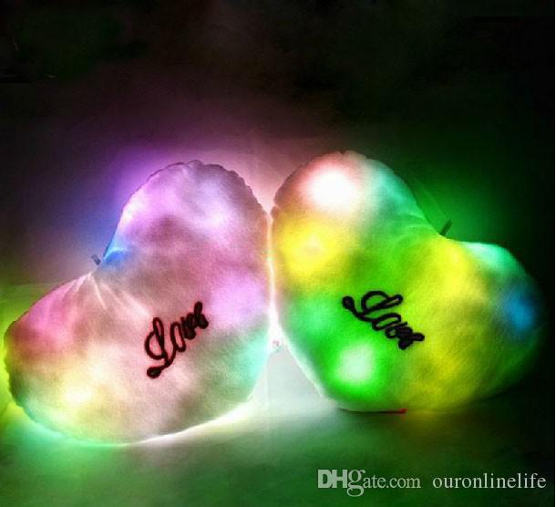 Cuore luminoso variopinto di amore di TRASPORTO-OP-FREE CALDO variopinto, cuscino leggero del LED, cuscino, Natale
