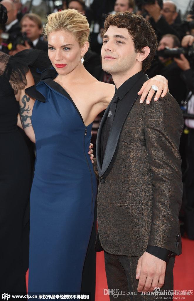 Azul marino Vestidos de noche formales Un hombro Vestido largo de la celebridad Vestido de la alfombra roja Vestido de las mujeres Cremallera trasera Elegante vestidos de baile 2015