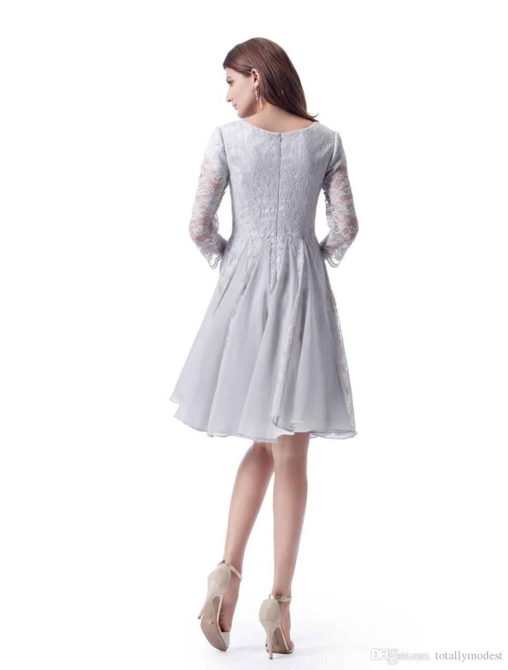 Modest Vestidos de Dama de Honra Curto A-line Na Altura Do Joelho de Prata Cinza Lace Chiffon Seda Festa de Casamento Vestidos Com Mangas Puras Na Venda