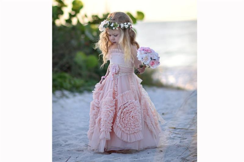 결혼식을 위해 싼 핑크 플라워 걸스 드레스 2019 레이스 아플리케 걸이 아이들 정장을 착용하십시오 민소매 롱 비치 걸스 미인 대회