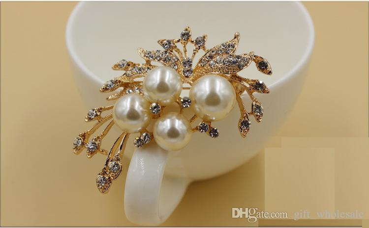 Gold Silver Plated Wholesale Lovely Crystal And Faux Pearl Brooch Pin 3 styles and for choices
