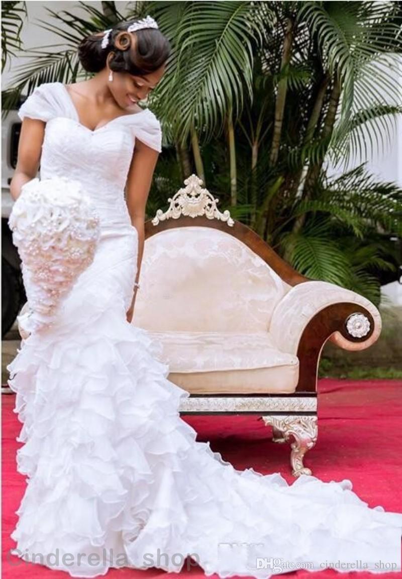 2019 Африканские Русалка Свадебные Платья Сексуальные V-образным Вырезом Спинки Многоуровневая Органза Собор Поезд Белый Плюс Размер Свадебные Платья Индивидуальные