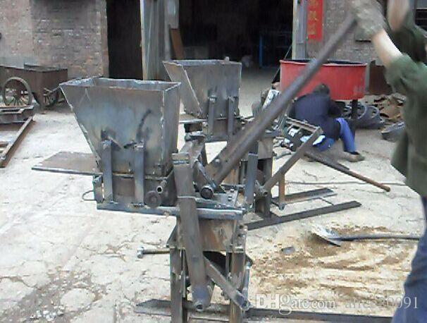 الطين التربة المتشابكة الطوب ماكينة، آلة صغيرة منخفضة الاستثمار المنال آلة الطوب