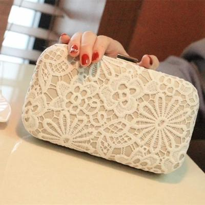 New Arrival 2015 Elegant White Women Bridal Hand Bags For wedding Lace Applique Evening Lock Clutches Chain Bag Gorgeous Bridal Bags Party