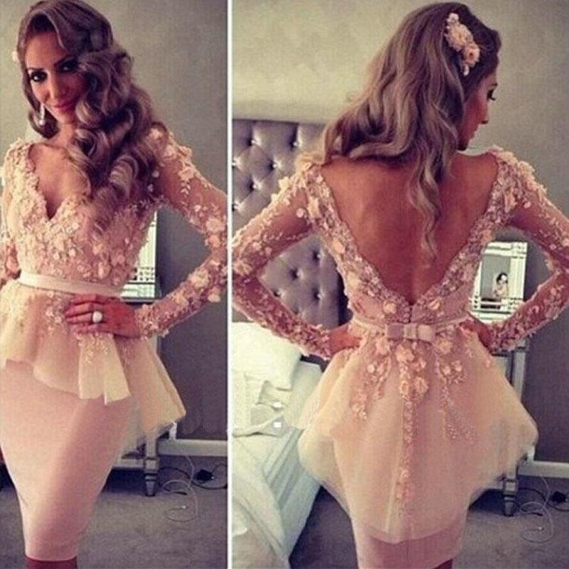 Designer Short Cocktail Dresses Lace Prom Dress Knee Length V-Neck Appliques Long Sleeve Evening Party Gown Sexy Open Back robe cocktail