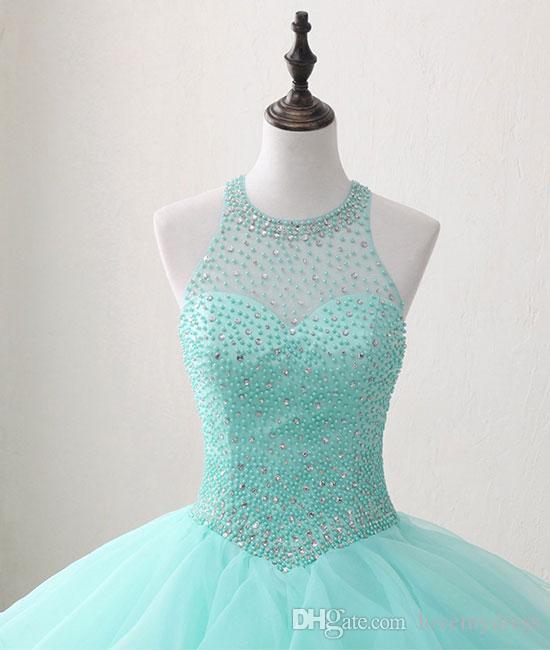 Luz do Aqua 2020 doce 16 Meninas de partido baratos Prom Dresses Sheer Neck Keyhole Voltar cristal frisado Bola vestidos com babados Vestidos Quinceanera