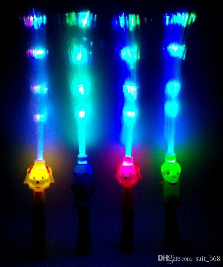 Yiwu stall selling children's lighting optical fiber rod manufacturers supply small gifts gift ideas toys wholesale