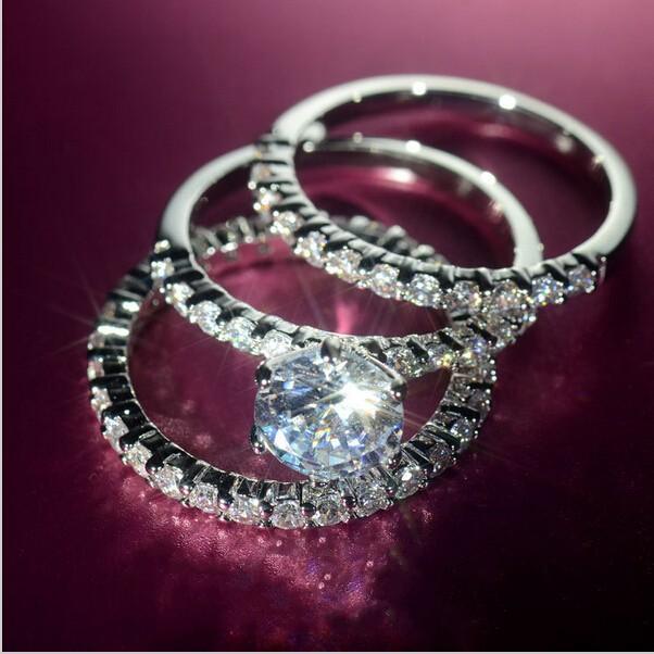 Бесплатная доставка Оптовая женщины ясно Циркон 10kt белого золота заполнены 3-в-1 свадьба имитация Алмаз женщины группа кольцо размер 5-11