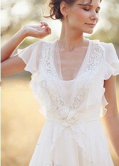 Bohemian Beach Wedding Dresses Pearls Deep V Neck Backless Bridal Dresses Flower Beading Sheer Sleeve Pleats Chiffon Wedding Dresses