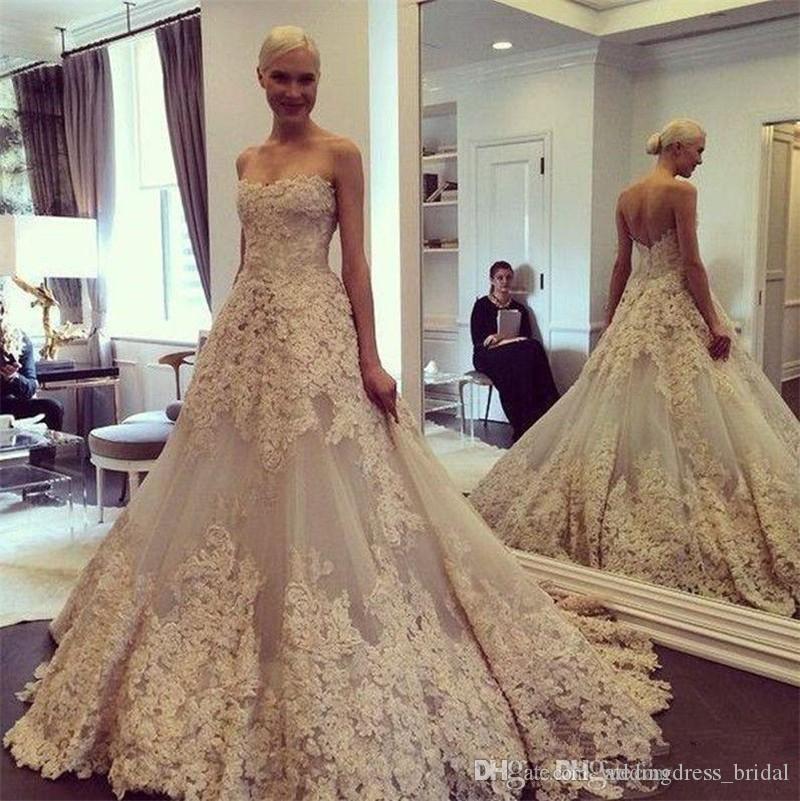 2019 Vintage apliques de encaje de marfil Vestidos de boda del país sin tirantes elegante vestido de bola Vestidos de novia Backless más el tamaño Vestido De Noiva