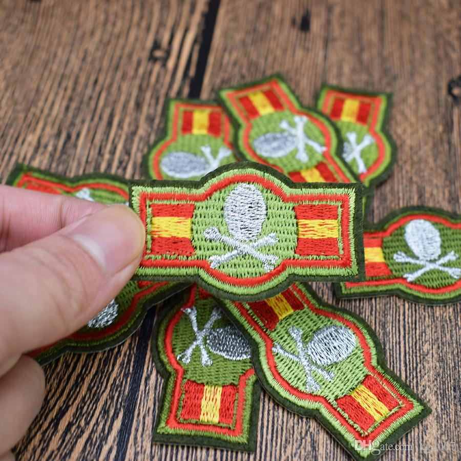 Skull Badge Patches for Clothing Bags Iron on Transfer Applique Patch for Jacket Jeans DIY Sew on Embroidery Badge