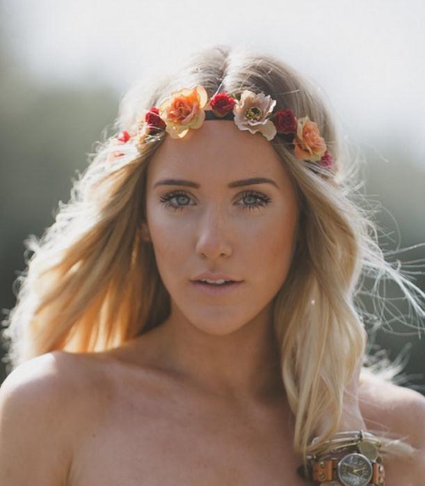 2016 New Flower Head Wreath Garland Floral Bride Headband Hairband Wedding  Party Beach Decor Princess Floral Headpiece Hair Accessories Headpieces For  ... e8454be3853