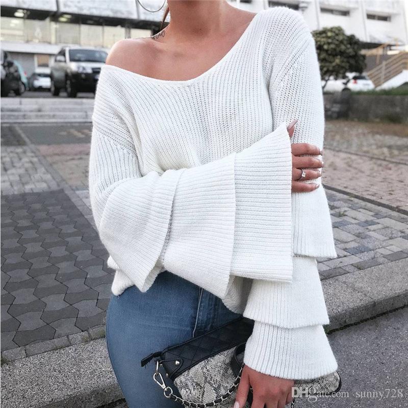 Acquista 2018 Primavera Inverno Moda Donna Maglioni Top Sexy Scollo A V  Maniche Svasate Lavorate A Maglia Maglioni Allentati Casuali T Shirt  Designer Di ... 3963e7682bb