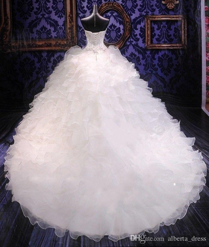 Abiti da sposa abito da ballo 2019 con corpetto in rilievo Sweetheart corsetto Abiti da principessa reale increspato Organza cappella treno abiti da sposa da sposa
