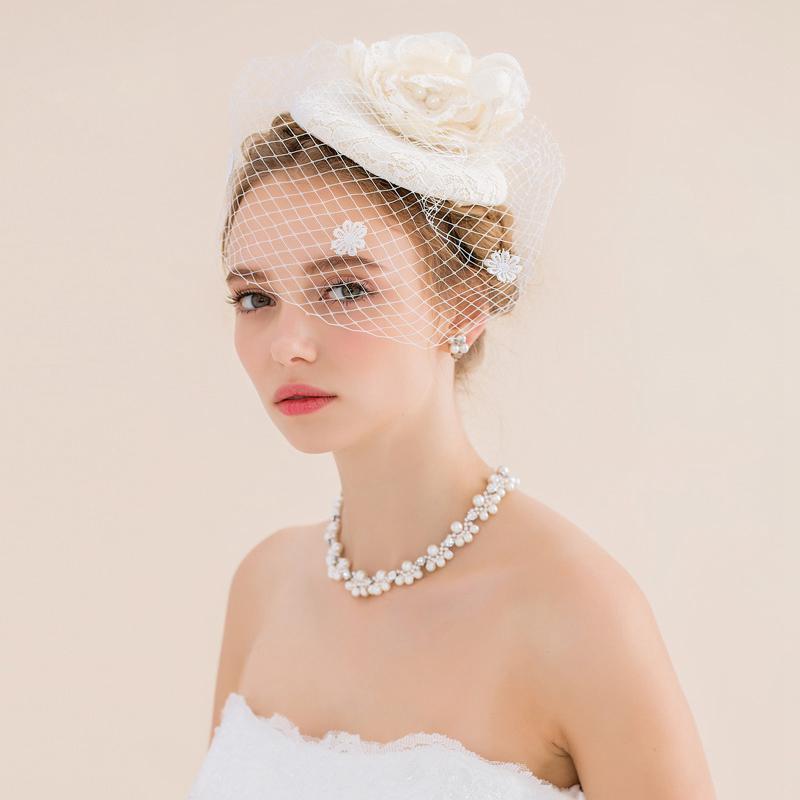 Vintage Wedding Hairstyles With Birdcage Veil: Vintage Wedding Hair Accessories Fascinators With Veil