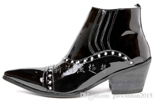 Мода Pantent Кожа Мартин Человек Сапоги Британский Стиль Обувь Горный Хрусталь Острым Носом Сапоги Платье Человек Черный Ботильоны Коренастый Пятки Пони