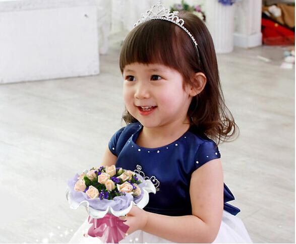Princesse Hairbands Enfants De La Fille Mignonne Douce Strass Couronne Partie Argent Chapellerie Pour Enfants GR001