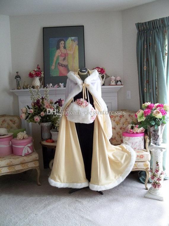2018 Stunning Piano Lunghezza Colore Champagne Capes da sposa Mantelli di nozze Faux Fur perfetto l'inverno da sposa Mantelli da sposa Cape Wedding Cape