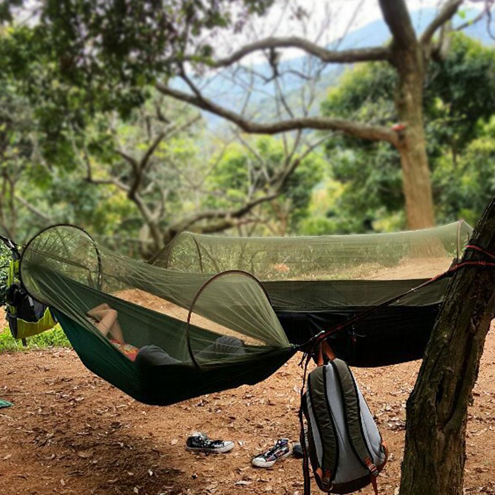 Vente en gros - Portable léger Survivor Camping Hamac avec moustiquaire  (cordes de mousquetons inclus) Tente de camping mouche de jardin